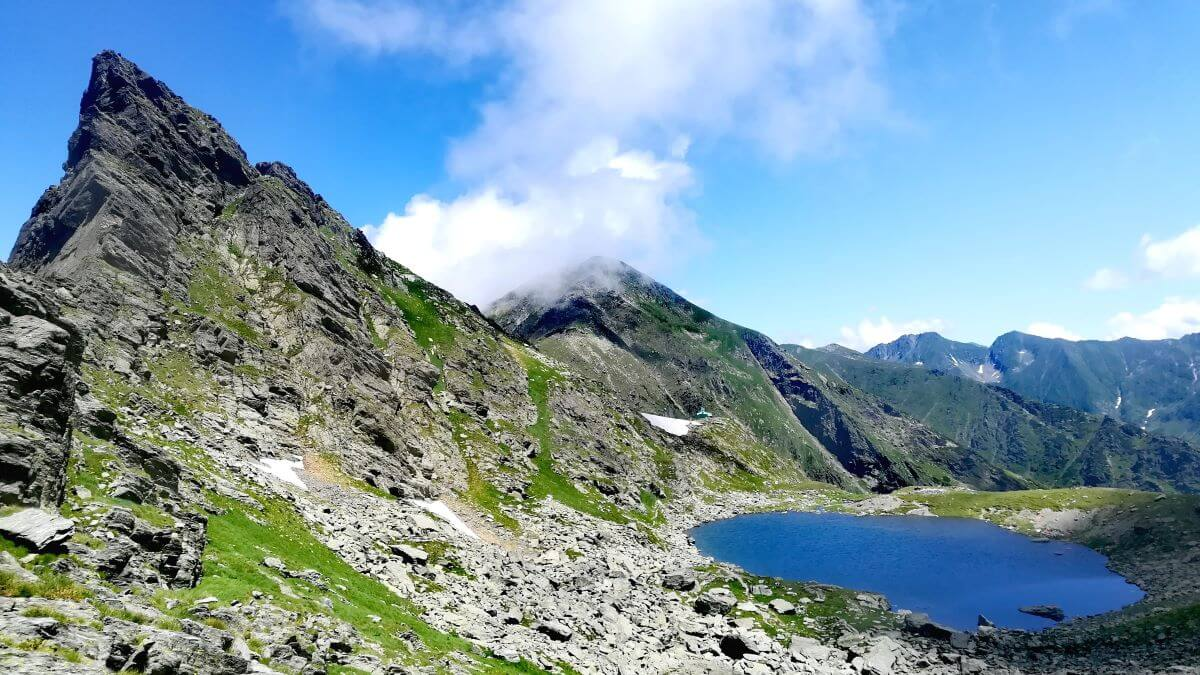 Fagaras Mountains Caltun lake Carpathian