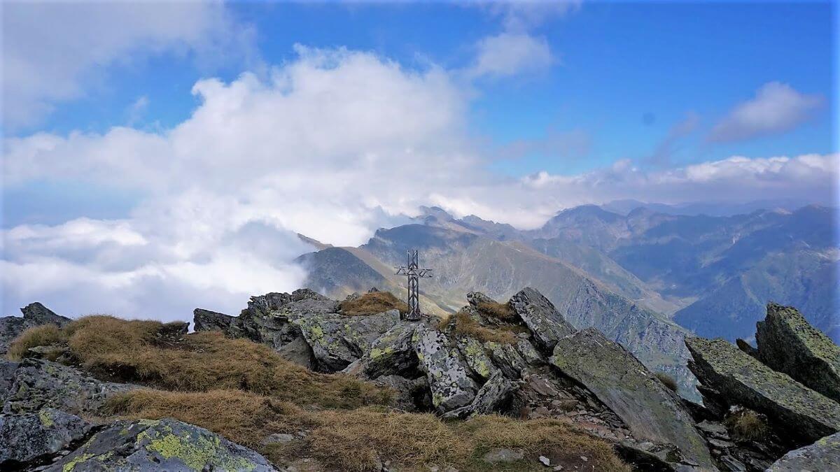 Fagaras mountains Lespezi Carpathian